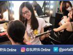 make-up-artist-siswa-saat-mengikuti-kurus-make-up-artist_20170412_224010.jpg