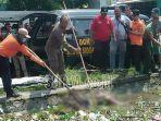 mayat-di-sungai-depan-kecamatan-gedangan-kabupaten-sidoarjo.jpg