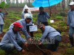 menanam-pohon-tulungagung_20181108_141947.jpg