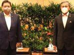 menko-airlangga-hartarto-bertemu-perdana-menteri-singapura-lee-hsien-loong.jpg