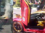 mobil-lambhorgini-terbakar-di-jalan-mayjen-sungkono-surabaya.jpg