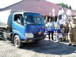 mobil-tangki-bantuan-air-bersih_20180723_163706.jpg