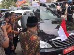 mobil-wakil-presiden-maruf-amin-diisi-bbm-dari-jeriken.jpg