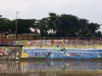 mural-plengsengan-sungai-kalimas-surabaya_20180326_172007.jpg