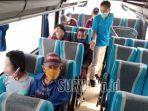odgj-keluarga-dan-pihak-pendamping-tengah-bersiap-di-bus.jpg