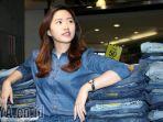 padu-padan-jeans-untuk-ke-kantor_20171103_003529.jpg