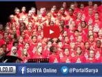 paduan-suara-anak-kanada-nyanyikan-lagu-arab-untuk-sambut-pengungsi-suriah_20151214_230951.jpg