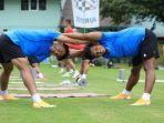 para-pemain-timnas-u-19-indonesia-menjalani-latihan-ringan-begitu-tiba-di-kroasia.jpg