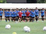 para-pemain-timnas-u-19indonesia-terlihat-serius-saat-menjalani-pemusatan-latihan-tc.jpg