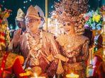 pasangan-bahagia-ning-juliana-eva-wati-dan-dr-dwi-wijayanto-resepsi-pernikahan.jpg