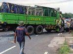 pasuruan-truk-yang-mengalami-kecelakaan-akibat-rem-blong-di-jalur-surabaya-malang.jpg
