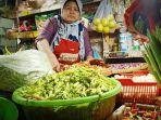 pedagang-bumbu-di-pasar-wonokromo-542021.jpg