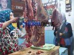 pedagang-daging-situbondo_20180525_155031.jpg