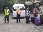 pekerja-migran-di-bojonegoro-dipulangkan.jpg