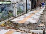 pekerjaan-perbaikan-saluran-dan-trotoar-kota-blitar.jpg