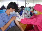 pelaksanaan-vaksinasi-dosis-kedua-di-surabaya-terus-digeber-pemkot.jpg