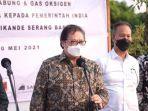 pelepasan-penyaluran-bantuan-tabung-oksigen-dari-pemerintah-indonesia-kepada-pemerintah-india.jpg