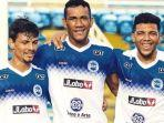 pemain-asing-persebaya-asal-brasil-jose-wilkson-teixeira-rocha-tengah.jpg