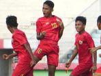 pemain-timnas-u-16-marcelino-fernando-merayakan-golnya.jpg