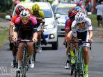 pembalap-asing-dominasi-etape-kedua-tour-de-banyuwangi-ijen-2017_20170928_183153.jpg