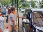 pembayaran-parkir-nontunai-di-stasiun-gubeng-surabaya.jpg
