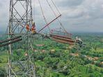 pemeliharaan-jaringan-listrik-pln.jpg
