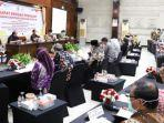 pemerintah-provinsi-jawa-timur-menerima-kunjungan-dari-badan-akuntabilitas-publik-dpd-ri.jpg