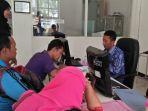 pemohon-ak-1-di-dinas-tenaga-kerja-disnaker-kabupaten-lamongan_20181009_200307.jpg