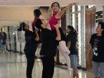 penari-balet_20170727_224027.jpg