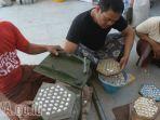 pengelolaan-limbah-kerang-di-kampung-nelayan-cumpat-surabaya_20171011_225421.jpg