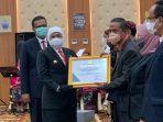 penghargaan-asn-achievement-award-dari-gubernur-jawa-timur.jpg