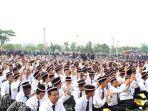 pengukuhan-mahasiswa-baru-unesa-angkatan-2017_20170817_165836.jpg