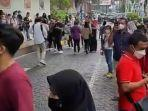 pengunjung-mall-di-surabaya-saat-gempa.jpg