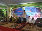 pengurus-makam-nyai-gede-pinatih-kh-muchtar-djamil_20170709_135853.jpg