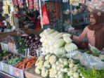 penjual-sembako-dan-sayur-mayur-di-pasar-baru-gresik-jalan-gubernur-suryo.jpg