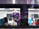 penumpang-ka-turangga-saat-berangkat-dari-stasiun-gubeng-surabaya.jpg