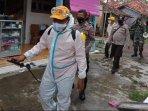 penyemprotan-cairan-disinfektan-di-kecamatan-arosbaya-kabupaten-bangkalan.jpg