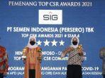 penyerahan-penghargaan-dalam-ajang-top-csr-awards-2021.jpg