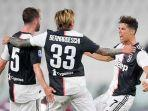 penyerang-juventus-cristiano-ronaldo-dan-teman-temannya-merayakan-gol-vs-samdoria.jpg