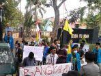 pergerakan-mahasiswa-islam-indonesia-pmii-bangkalan-mendatangi.jpg