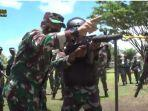 pernah-basmi-kkb-papua-jenderal-dari-kopassus-i-nyoman-cantiasa-ajari-pasukan-bertempur.jpg