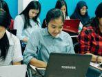 peserta-honda-dbl-mengikuti-tes-online_20180412_214935.jpg