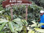 petani-kopi-banyuwangi_20180105_003851.jpg