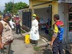 petugas-penanganan-covid-19-di-desa-dukuh-kecamatan-ngadiluwih-kabupaten-kediri.jpg