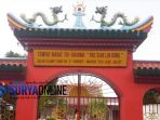 pintu-utama-tempat-peribadatan-tri-darma-pao-sian-lin-kong-sumenep_20180214_204223.jpg