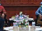 plt-walikota-surabaya-whisnu-sakti-buana-bertemu-gubernur-khofifah-di-gedung-grahadi-surabaya.jpg