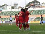 prediksi-skor-timnas-indonesia-vs-malaysia-babak-semifinal-piala-aff-u-18-2019-sore-ini-jam-1530.jpg