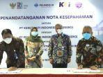 presiden-direktur-pelindo-iii-u-saefuddin-noer-bersama-dirut-pt-kereta-api-indonesia-didik-hartantyo.jpg