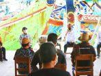 presiden-joko-widodo-berdialog-dengan-nelayan-di-ppdi-brondong-lamongan.jpg