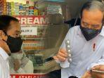 presiden-jokowi-sidak-apotek-mempertanyakan-ketersediaan-obat-untuk-covid-19.jpg
